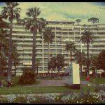 Das in die Jahre gekommene Grand Hotel an der Croisette in Cannes © Planätive