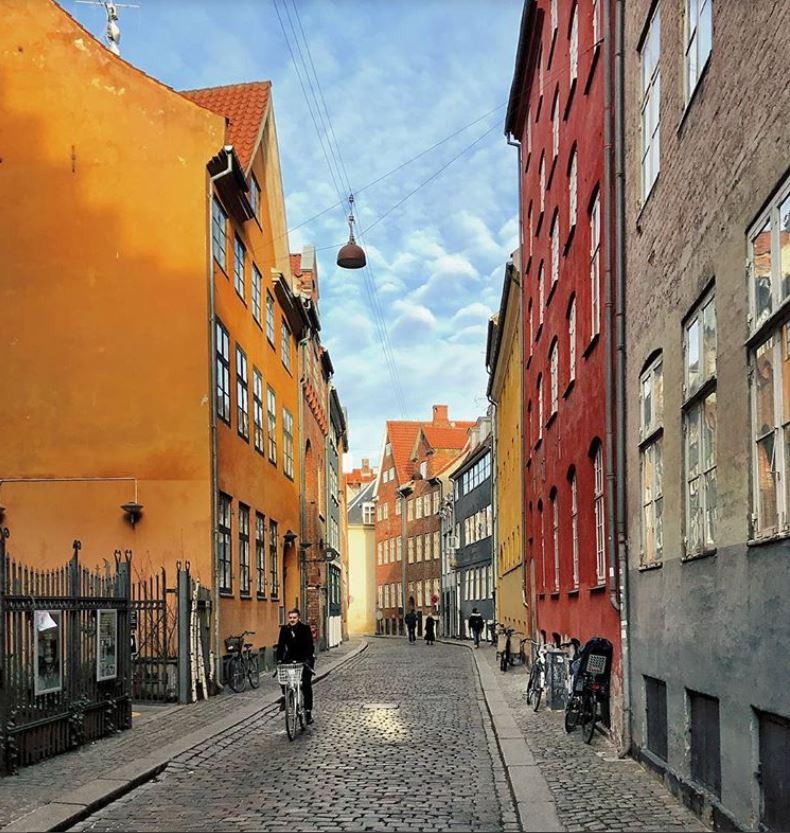 Copenhagen-Best-Instagram-by-@remosteen-Magstræde