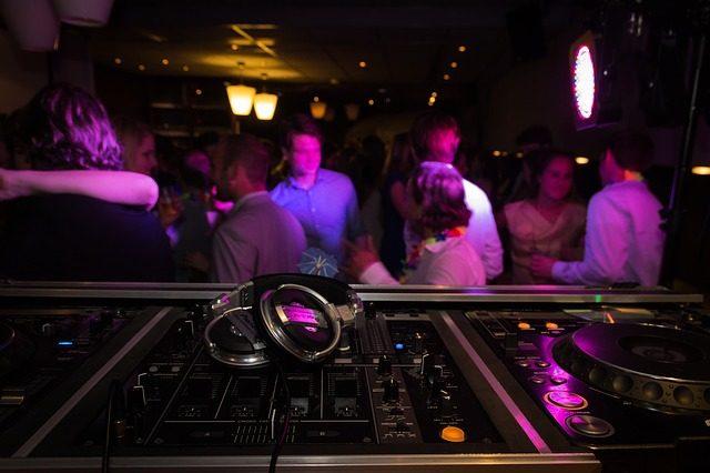 Die verrücktesten Bars in Prag auf planative.net