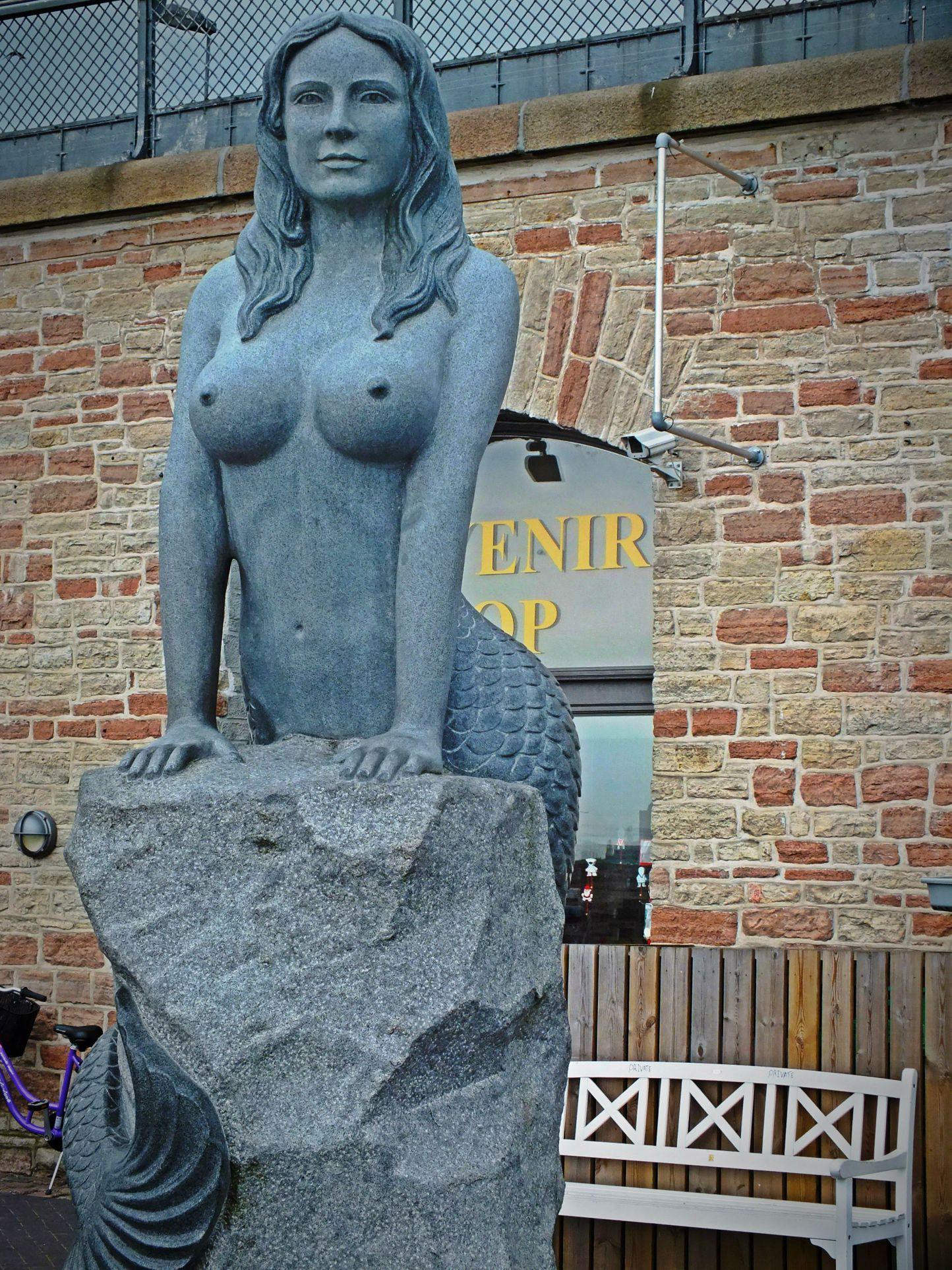 Die grosse Meerjungfrau in Kopenhagen - Dänemark