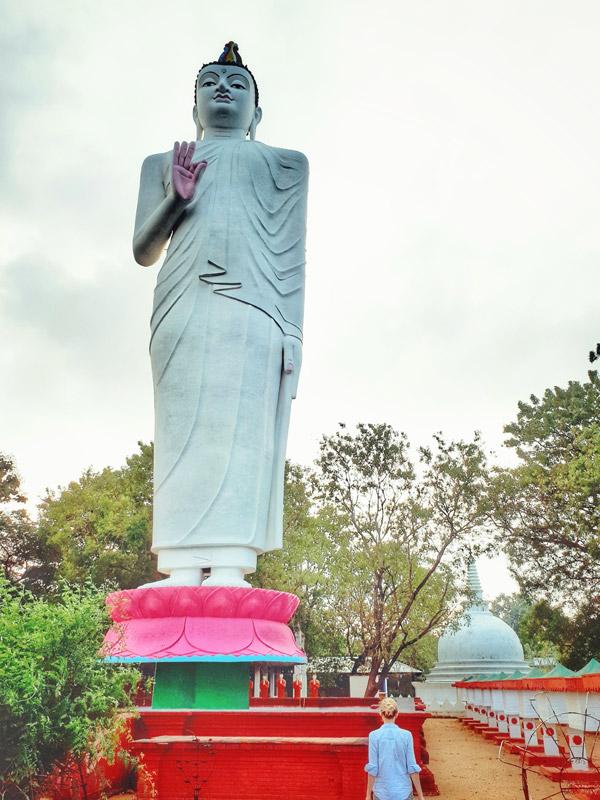 Buddha Tempel in der Nähe Sigiryias Sri Lanka (c) planative.net