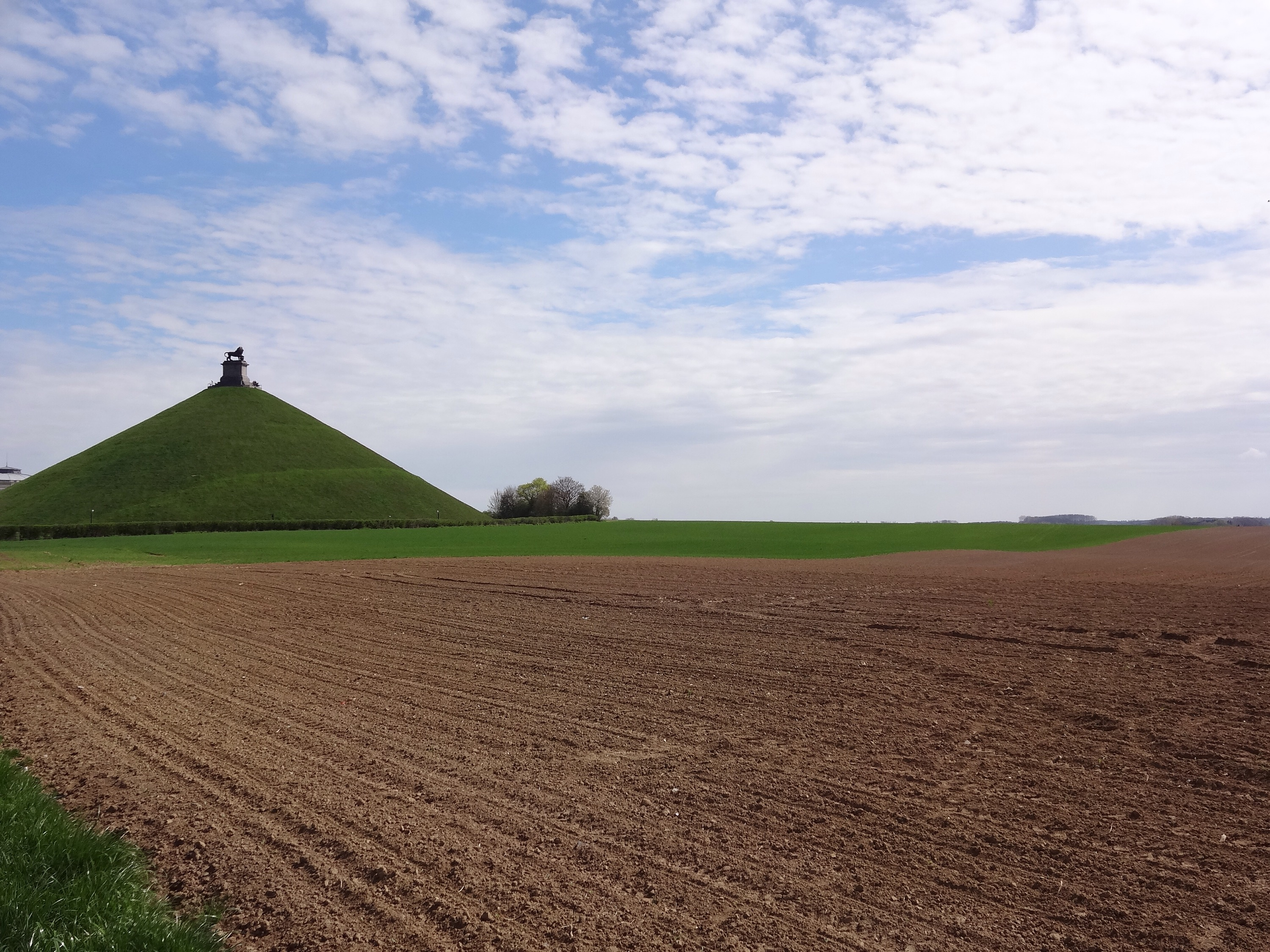 Napoleons Butte De Lion in Waterloo