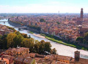 Planätive.net Stadtplan mit Sehenswürdigkeiten von Verona, Italien - Bild von mingchen J auf pixabay.com