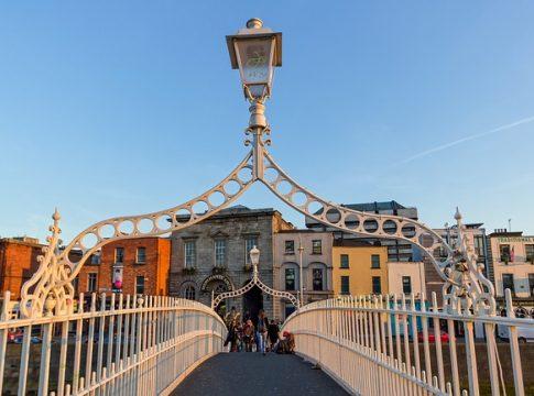 Top Sehenswürdigkeiten von Dublin auf einem Blick (c) papagnoc
