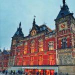 Der schnellste Weg vom Flughafen ins Zentrum von Amsterdam